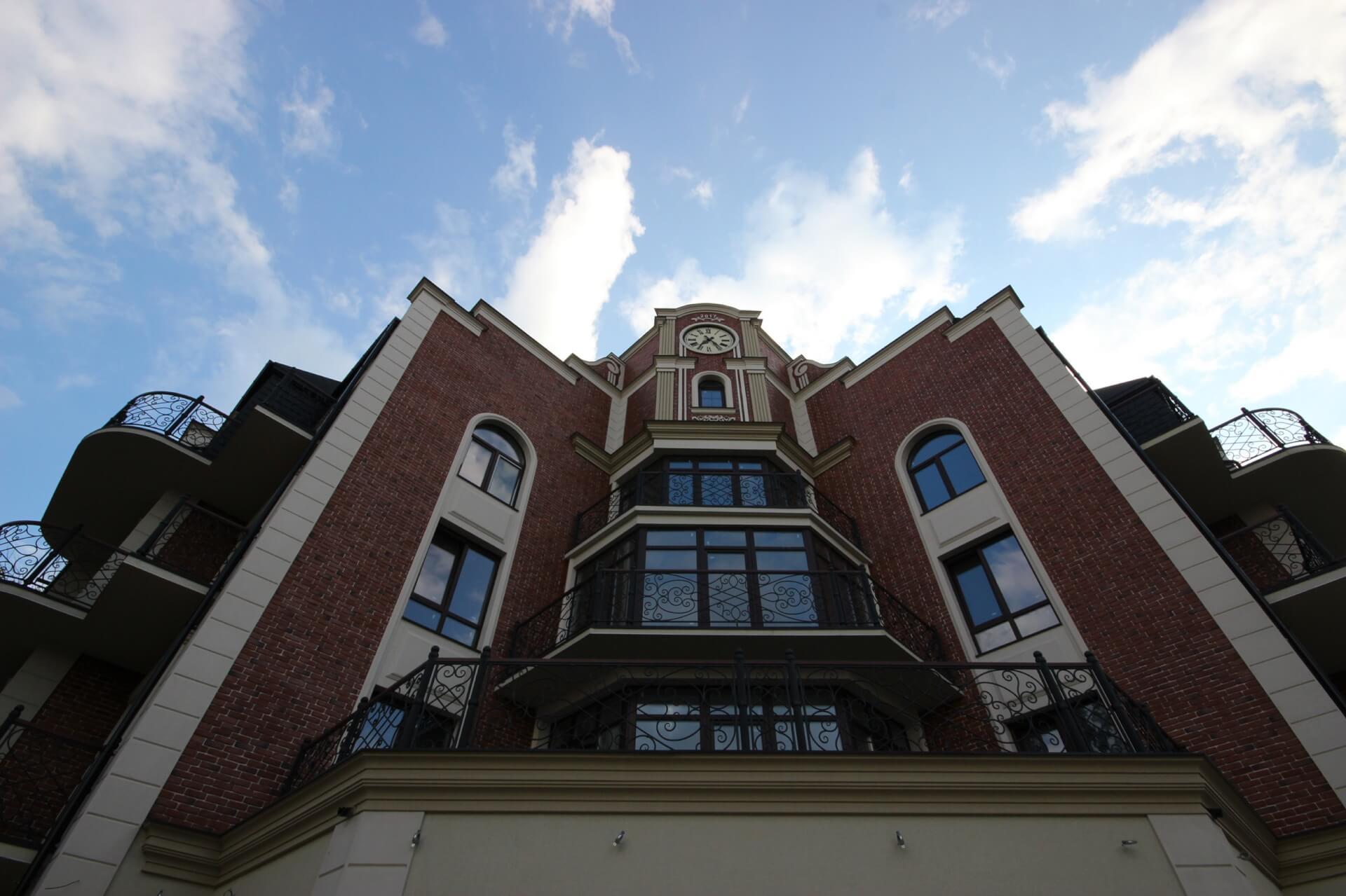 ТОП-10 затишних балкончиків за версією фотографа Глуzду