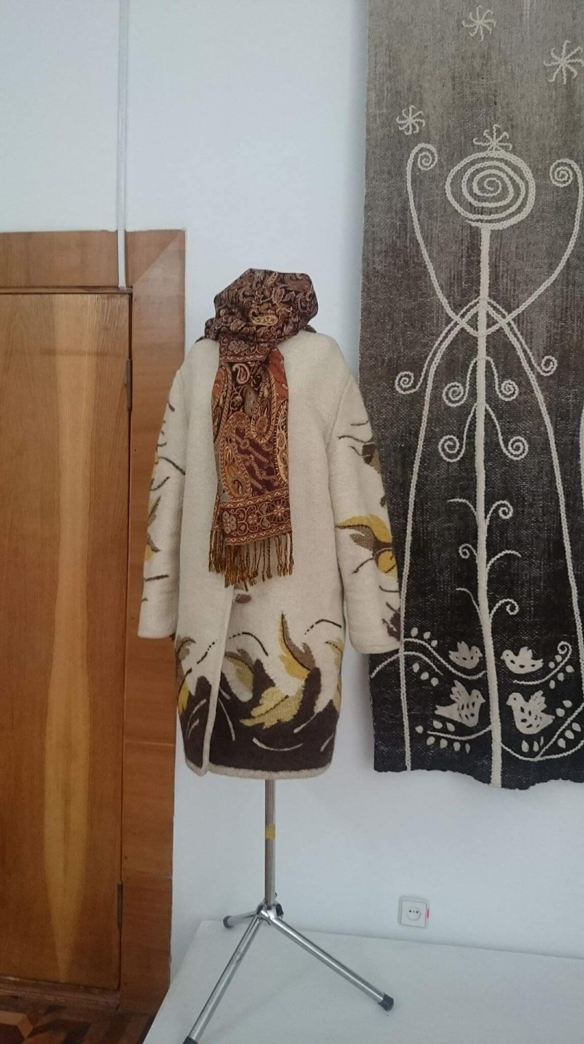 «Наспіване трембітою» – виставка тканого одягу