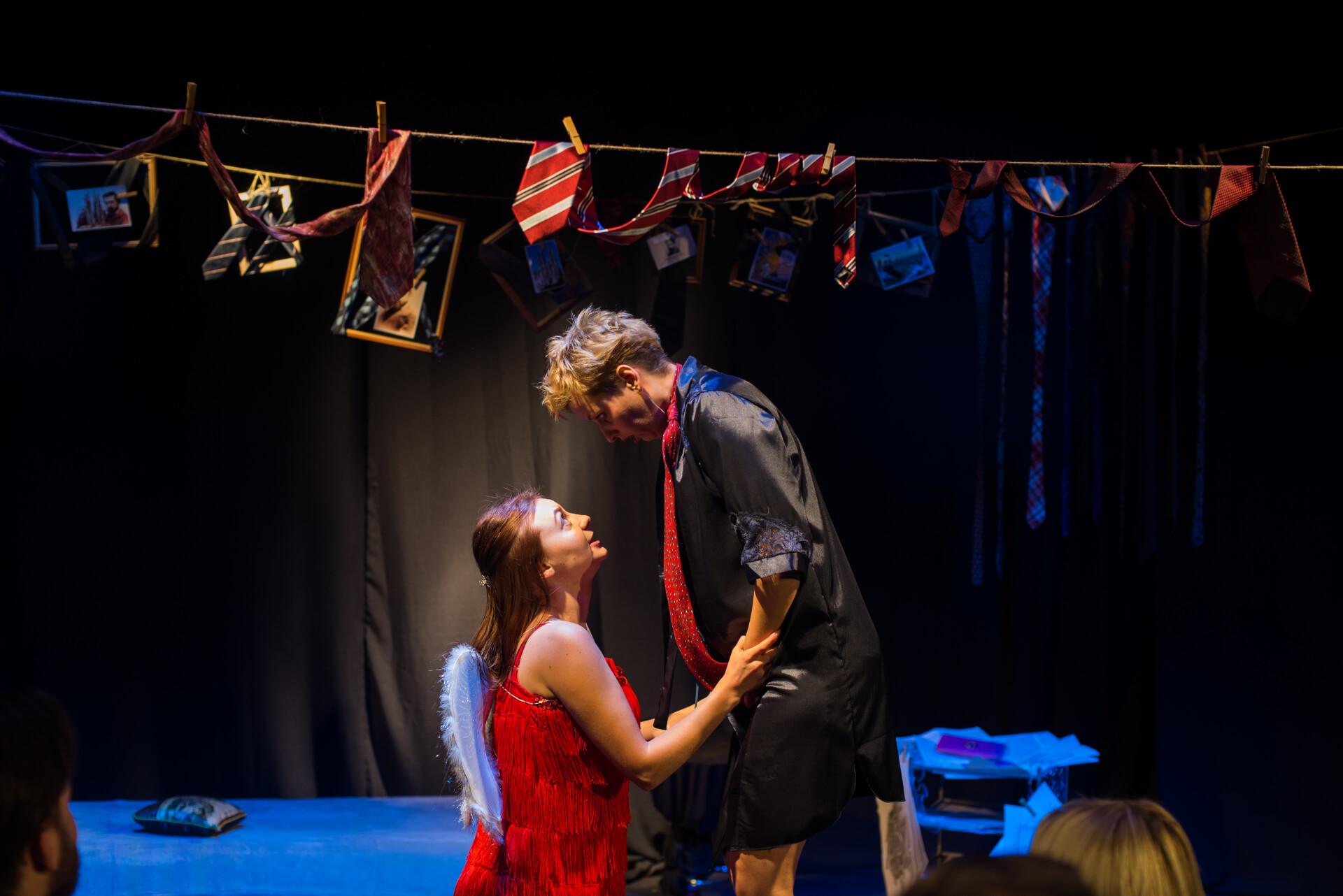 """Ваша доля у ваших руках: актори театру """"Соломія""""  доводили це глядачам під час нової вистави"""