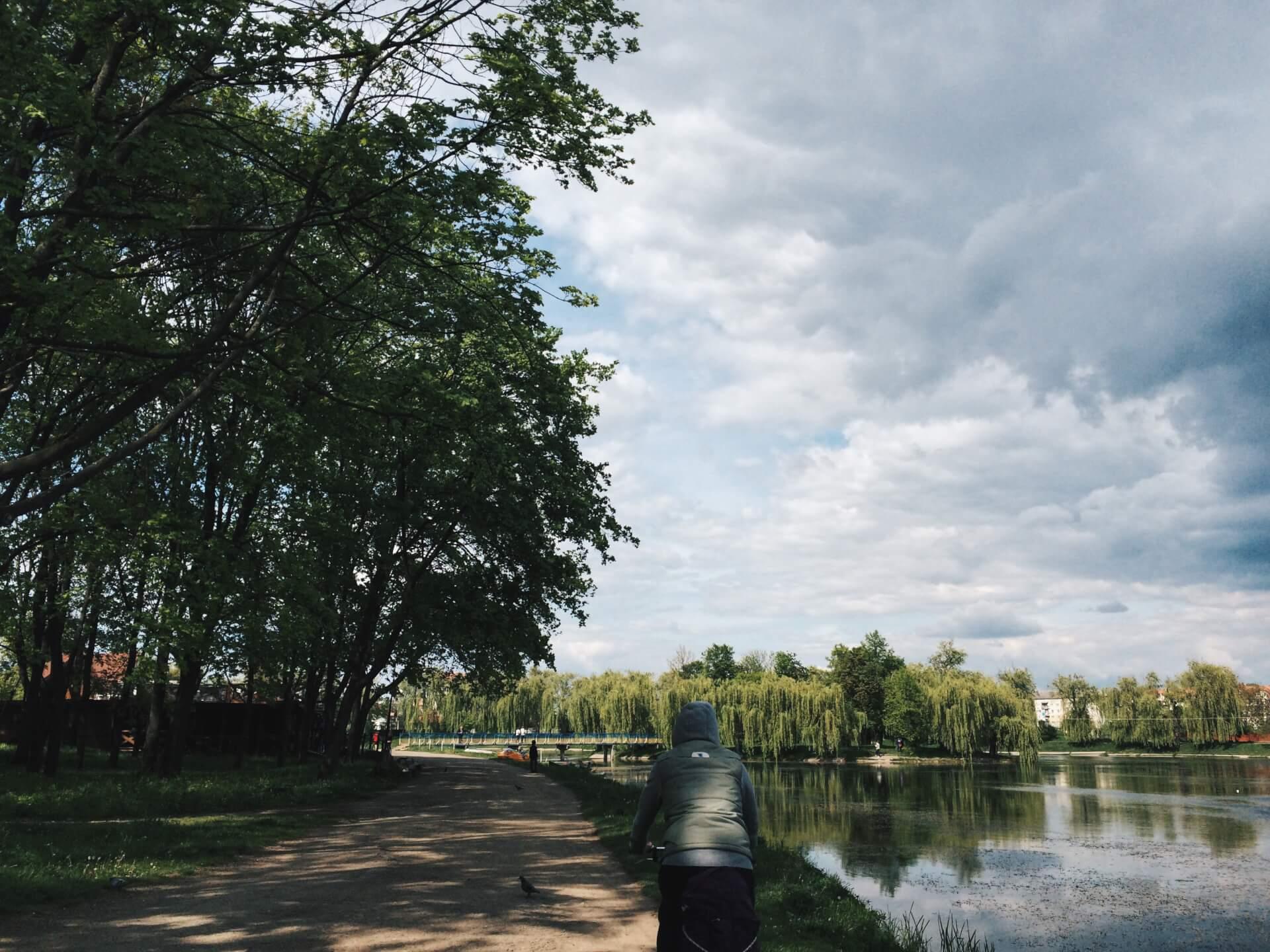 Пам'ятник пошани героям АТО, будинок сімейного типу та нові паркувальні місця — підсумки тижня на Коломийщині