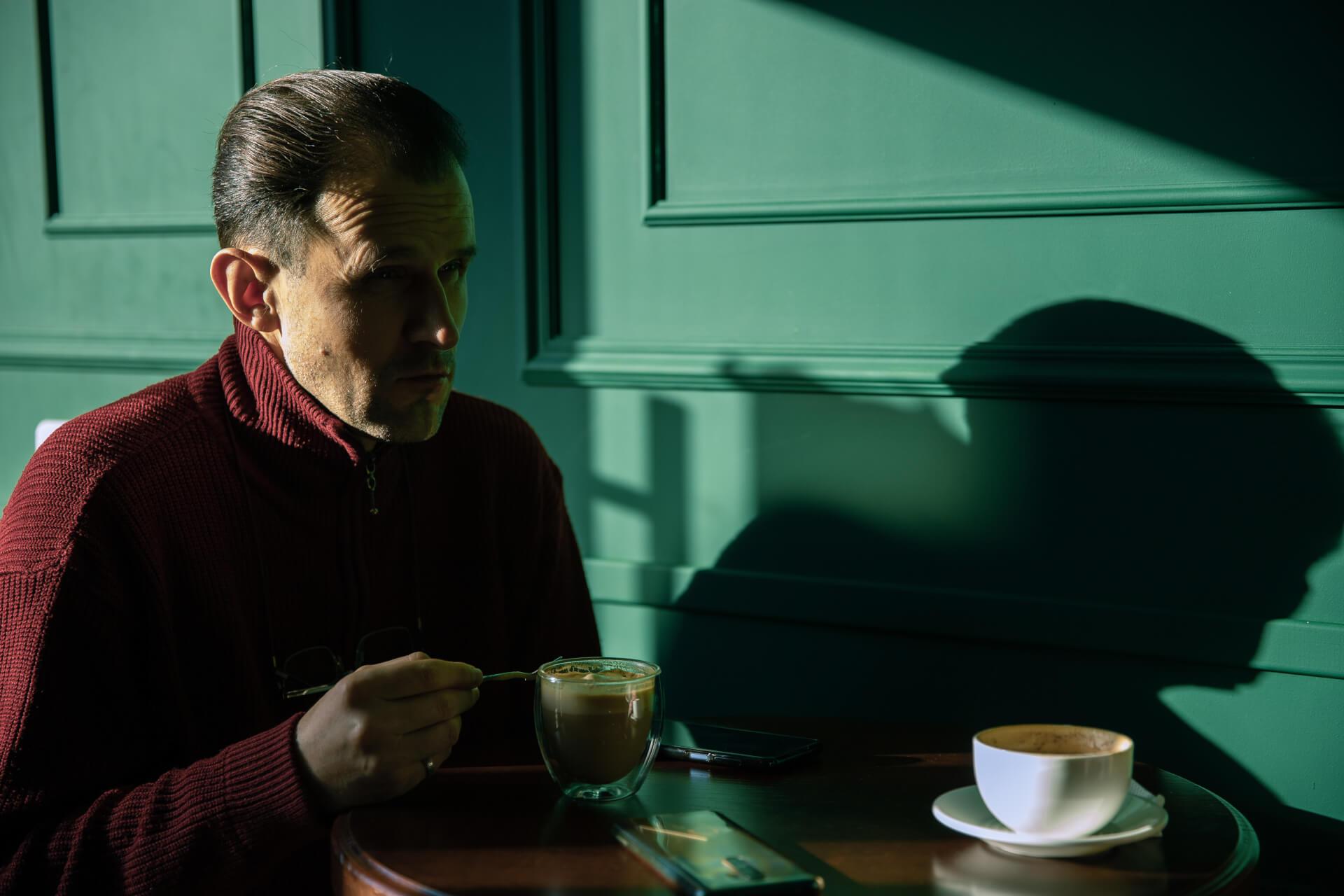 """Петро Власійчук про журналістику, Коломию, яку не вважає містом, та """"Букініст"""", що став його домом"""