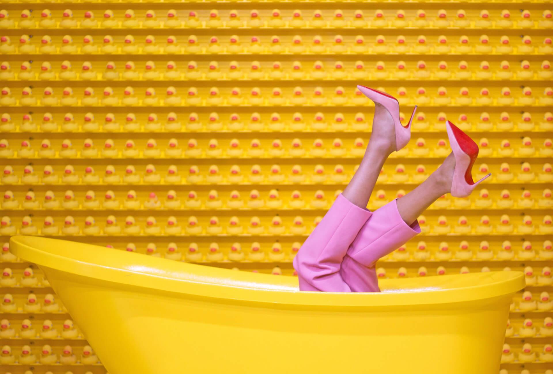 Журналістський експеримент: Як свідомо позбутися одягу в шафі і водночас бути стильною. Частина перша